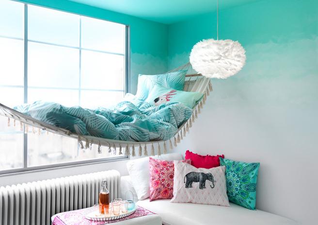 سایت پویانو- رنگ آمیزی دیوار ها