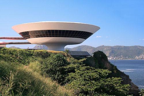 موزه نیترو اسکار نیمایر در برزیل
