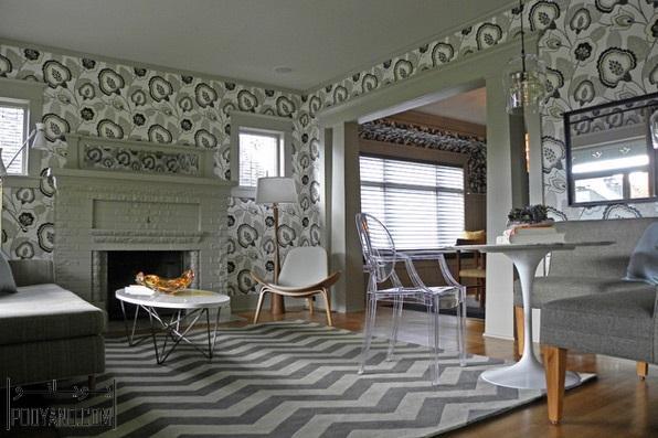 اتاق پذیرایی با کاغذدیواری چاپی
