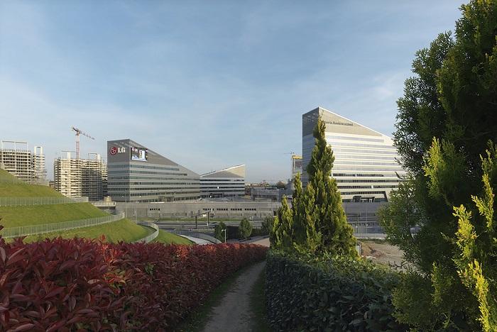 طراحی پلازا Gino Valle / شرکت معماری Valle Architetti Associati