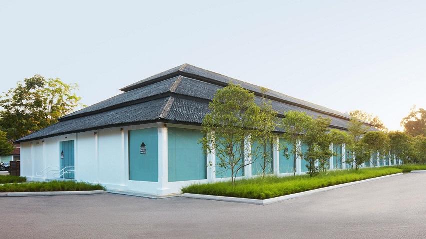 طراحی داخلی فروشگاه خیابانی دوور در سنگاپور