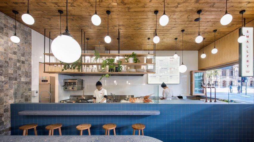 طراحی داخلی رستوران دریایی با استفاده از مصالح امروزی
