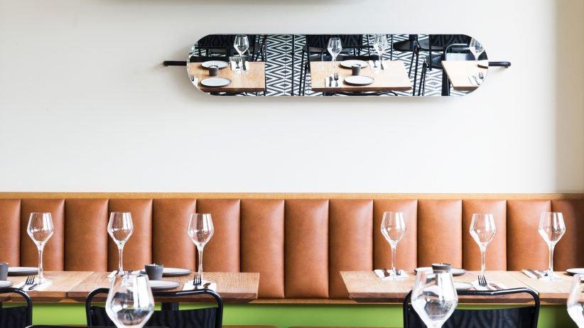 بازسازی رستوران الهام گرفته از معماری دهه ۱۹۶۰ میلادی در ریکجاویک
