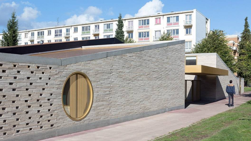 طراحی سردر مدرسه در Lille / شرکت معماری LT2A