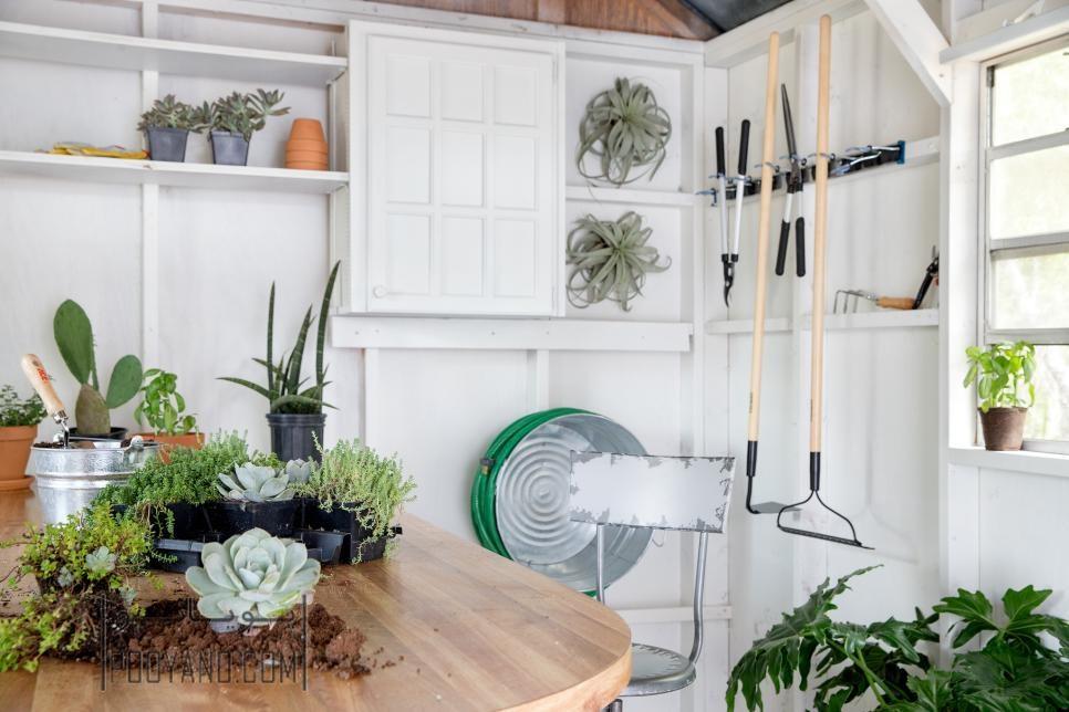 لوازم باغبانی و مرتب کردن آنها ، با این چند روش نظم را در وسایل باغبانی خانه و باغچه برقرار کنید!