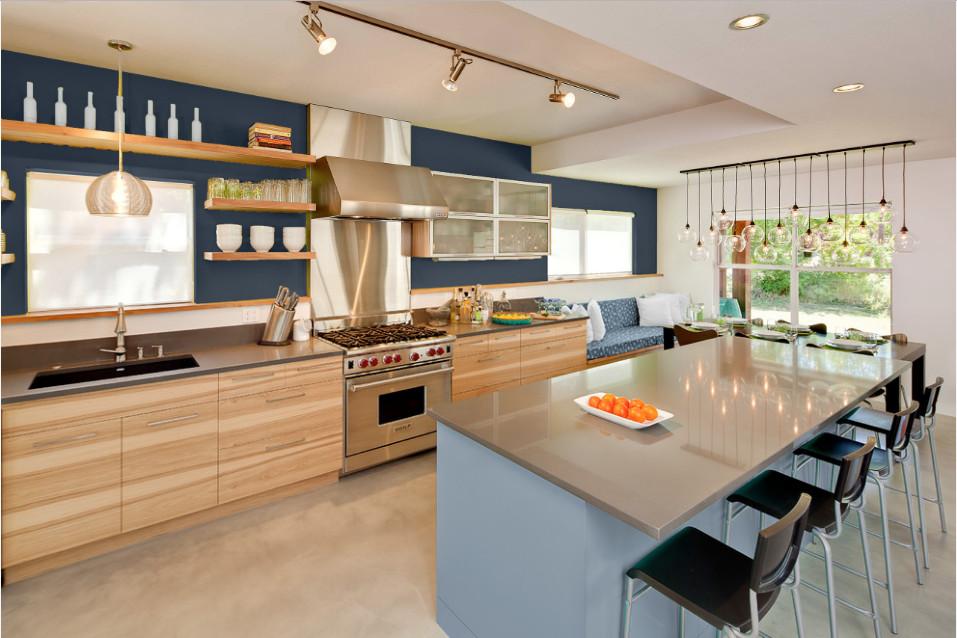 انتخاب رنگ آشپزخانه : ببینید چطور سه پالت رنگی شاد نمای آشپزخانه را عوض میکند
