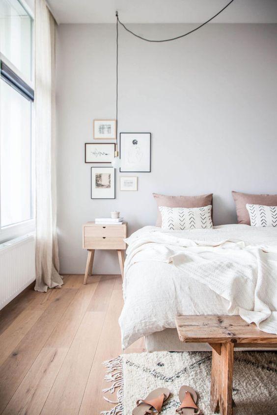 ترکیب چوب طبیعی با رنگ سفید در اتاق خواب