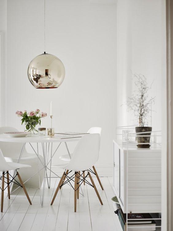 ترکیب چوب طبیعی با رنگ سفید را در دکوراسیون داخلی