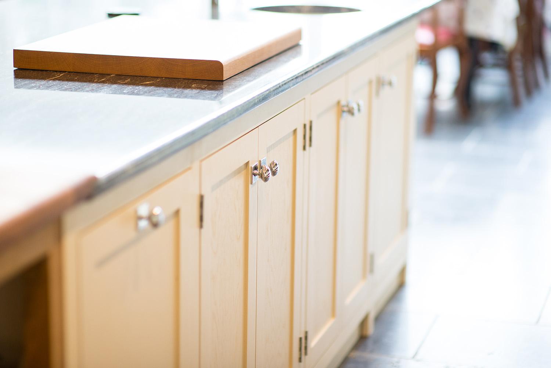 کابینت MDF آشپزخانه را چطور خودمان بسازیم؟
