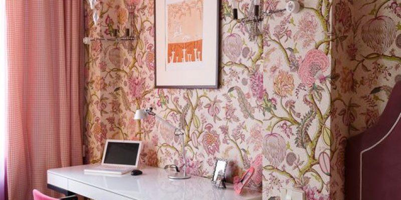 مدل کاغذ دیواری صورتی در دکوراسیون داخلی