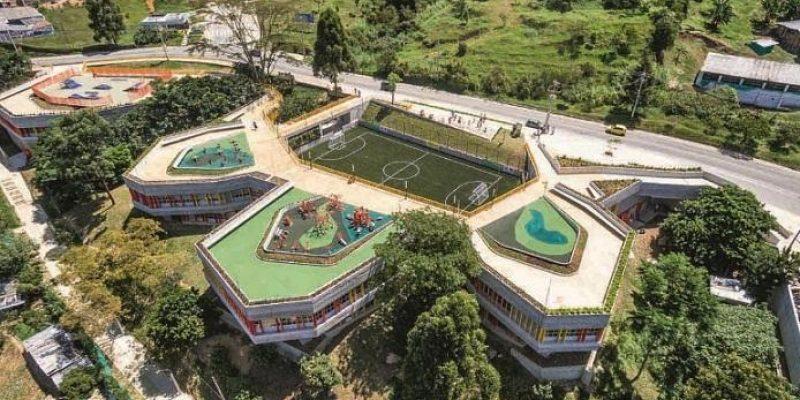 طراحی مرکز اجتماعی UVA El Paraíso / شرکت معماری EDU – Empresa de Desarrollo Urbano de Medellín
