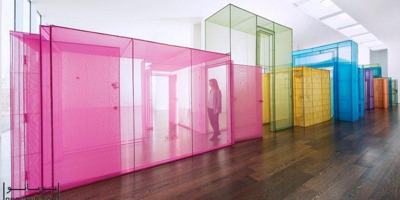 طراحی سازه های رنگی دیزاینر کره ای Do Ho Suh، نمایانگر تجربه او از مهاجرت