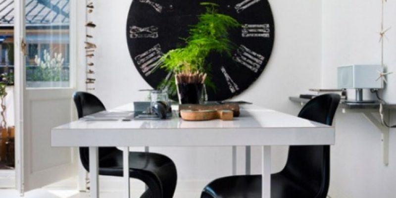 طراحی داخلی  سیاه و سفید در خانه کوچک