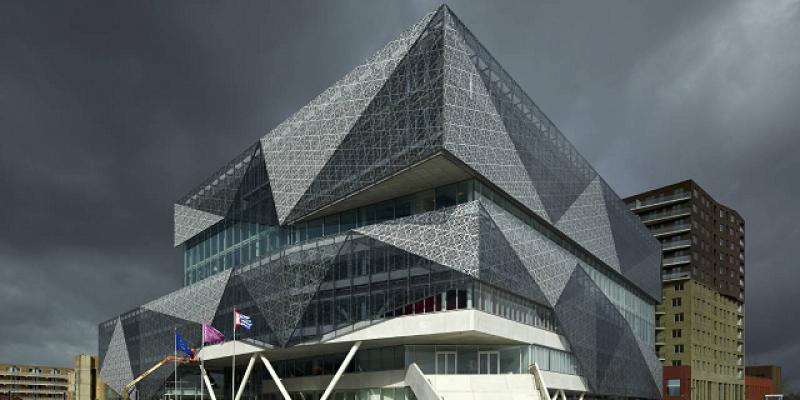 طراحی تالار شهر جدید نیووهخین / شرکت معماری ۳XN