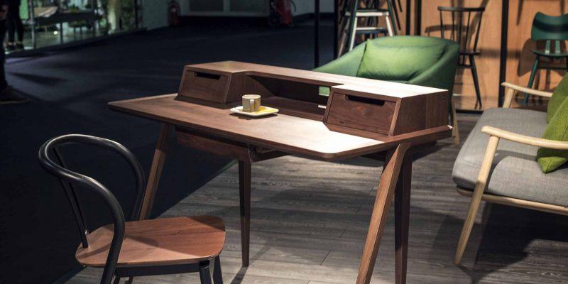 ۶ میز کار مناسب اتاق کار خانگی