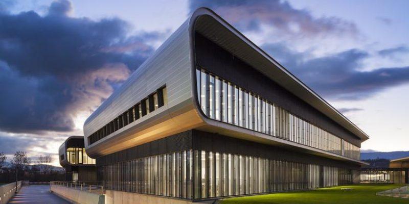 معماری ساختمان برند واشرون کنستانتین|طراحی توسط برنارد چومی