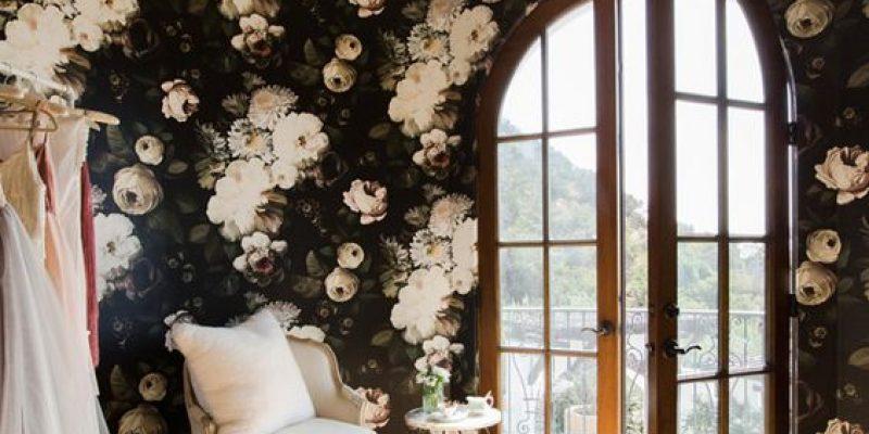 کاغذ دیواری گل دار ؛ ۳۰ ایده شیک و جدید برای استفاده از کاغذ دیواری گلدار در دکوراسیون منزل