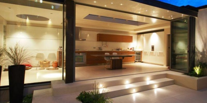 روشنایی باغچه ، ۷ راهکار شیک برای نورپردازی محوطه حیاط منزل