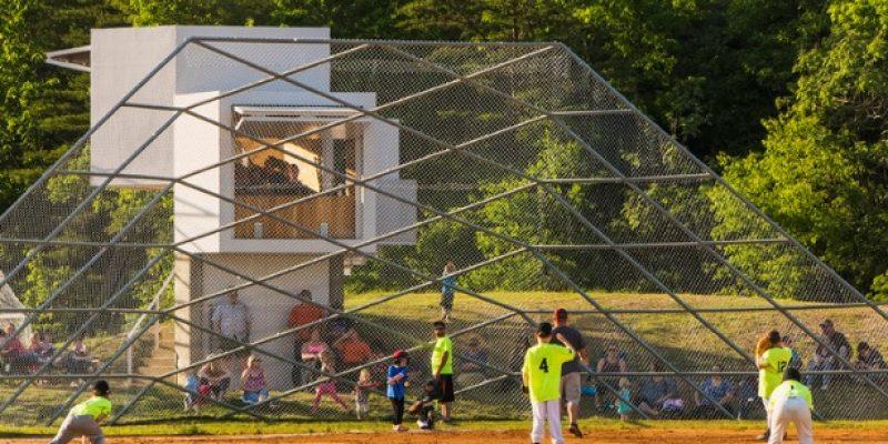 طراحی مجموعه ورزشی بیسبال و سافتبال شارون فیلدز / design/buildLAB