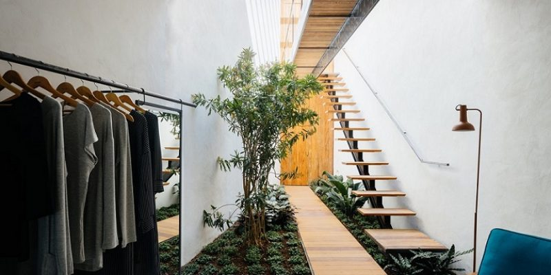 طراحی داخلی فروشگاه پوشاک Acola / معماری Vao Arquitetura