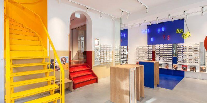طراحی داخلی عینک فروشی Ace & Tate's با استفاده از رنگهای اصلی