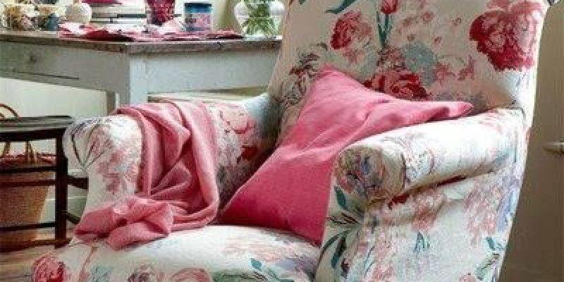 مبلمان گلدار : با طرح های گلدار روی مبلمان به خانه خود زیبایی ببخشید!