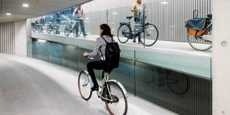 طراحی داخلی و معماری پارکینگ دوچرخه در اوترکت / معماری Ector Hoogstad