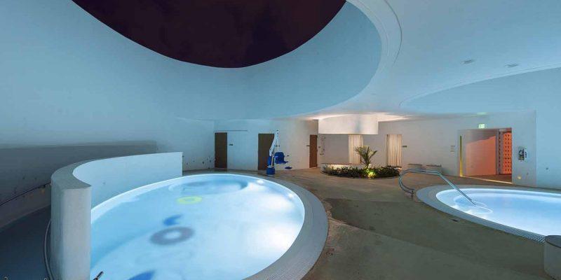 استخر درمانی مدرسه لا اسپرانزا (La Esperanza)/ شرکت معماری فوستر (FUSTER)