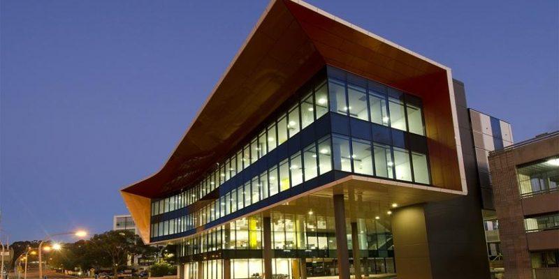 طراحی مرکز پژوهشی و درمانی نوآوریهای سرطان Flinders / شرکت معماری Woodhead