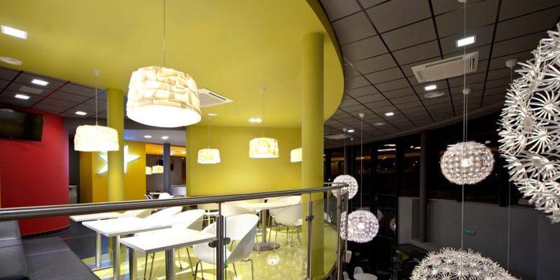 معماری داخلی رستوران United Chicken