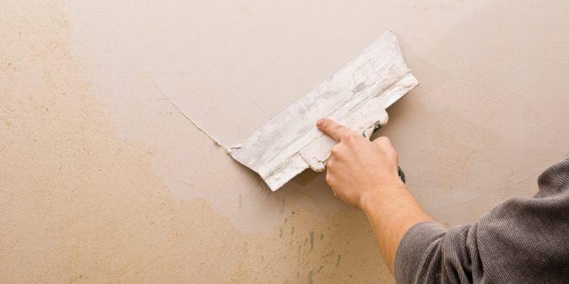 پوشاندن ترک دیوار با نقاشی : یک راه ساده و موثر