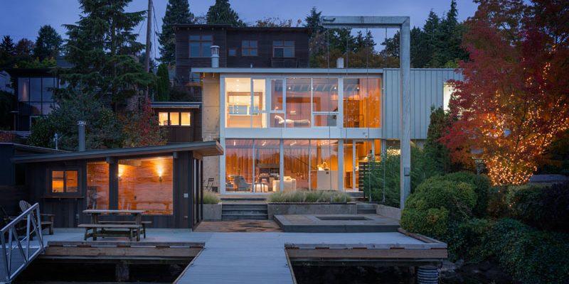 طراحی ساختمان ویلایی با اسم خانه ای برای یک مجرد ، در زمینی ساحلی در سیاتل