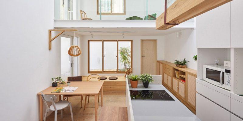 بازسازی و طراحی داخلی خانه شهری متعلق دهه ۱۹۸۰ میلادی به فروشگاه مبلمان و کافه در تایوان / شرکت دیزاین HAO