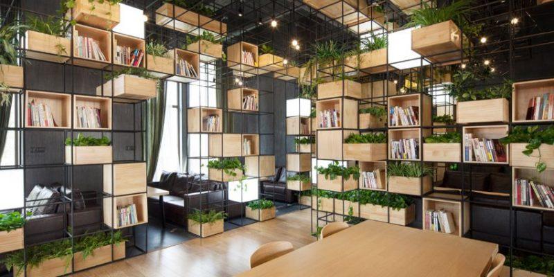 ۱۰ طراحی بینظیر قفسه بندی کتاب برای کتاب دوست ها