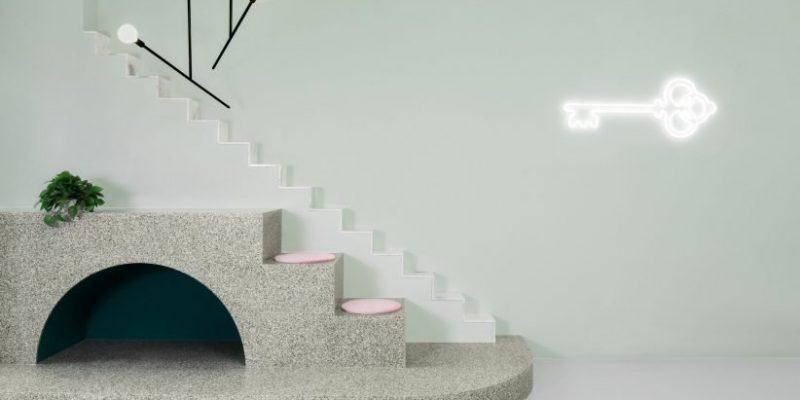 طراحی داخلی کافه در چنگدو با الهام از فیلم هتل بزرگ بوداپست
