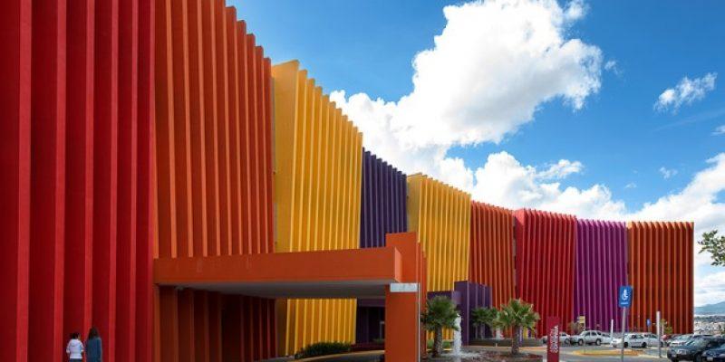 طراحی داخلی کلینیک آنکولوژی کودکان تلتون / Sordo Madaleno Arquitectos