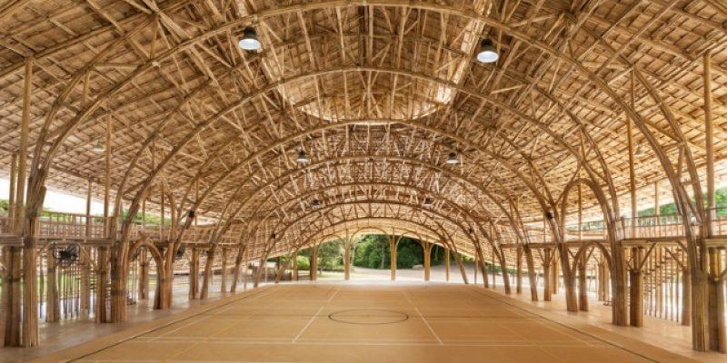 طراحی داخلی و معماری سالن ورزشی مدرسه بینالمللی پانیادن با بامبو / Chiangmai Life Construction