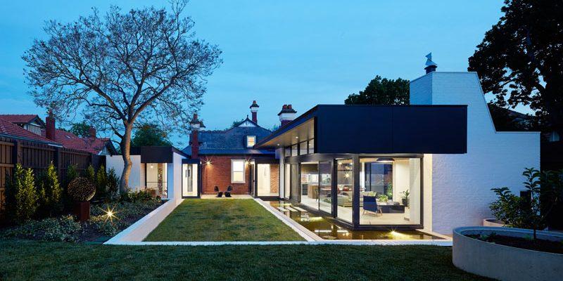 طراحی نمای مدرن ، برکه آب و آبنما برای خانه اشرافی ادواردی / معماری و طراحی داخلی Nic Owen