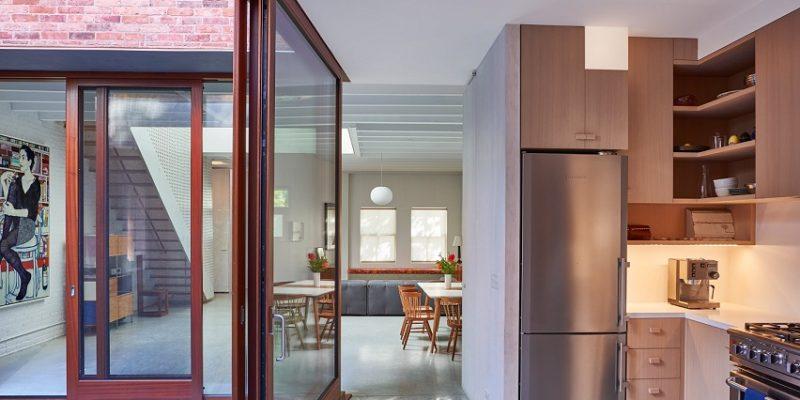 آوردن نور طبیعی به داخل از نورگیر خانه ؛ استفاده هوشمندانه از نورگیر