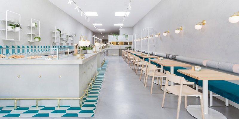 طراحی داخلی کافه به سبک طراحی اغذیه فروشی یونانی دهه ۱۹۵۰  در ملبورن