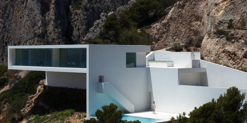 طراحی خانه صخره ای / شرکت معماری Fran Silvestre Arquitectos