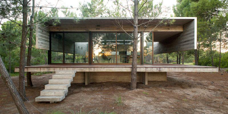 معماری و طراحی داخلی خانه بتنی در آرژانتینی که تقریباً به طور کامل از بتن ساخته شده است