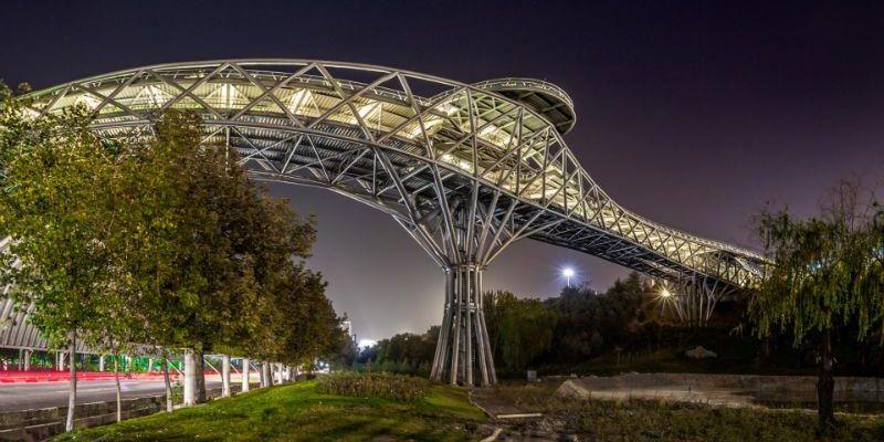 پل طبیعت؛ زیبا و مدرن