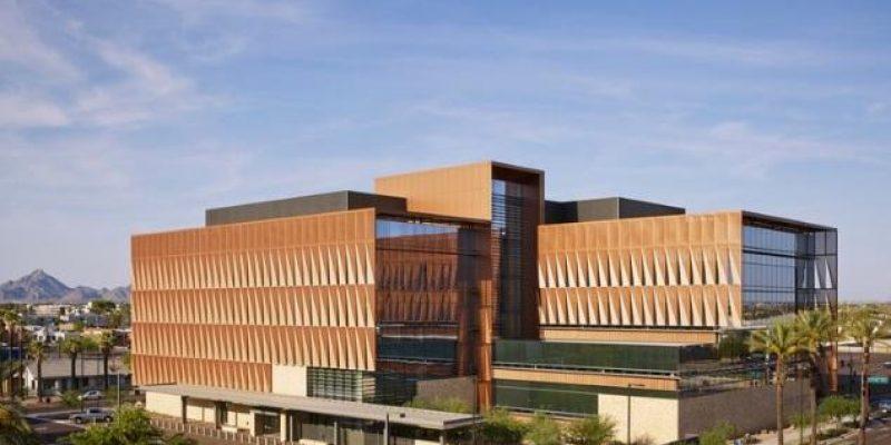 طراحی و معماری دانشگاه مرکز سرطان آریزونا / ZGF Architects