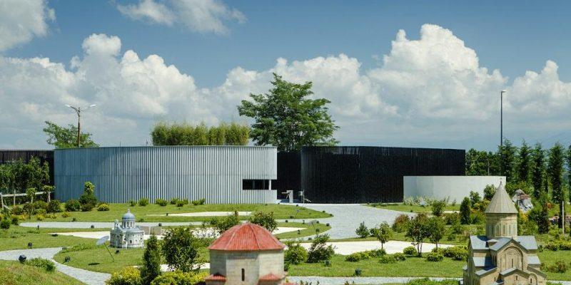 طراحی مرکز بازدیدکنندگان در پارک موضوعی معماری مینیاتوری