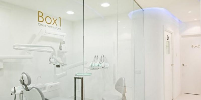 دندانپزشکی Angels/ گروه معماران YLAB