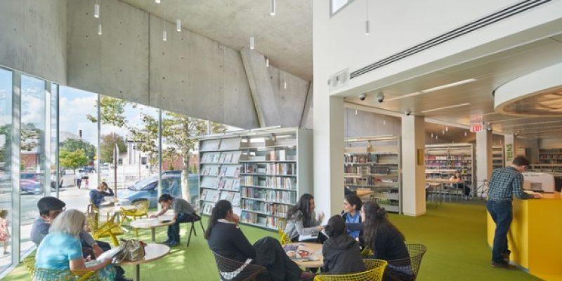 معماری و طراحی داخلی کتابخانه Kew Gardens Hills / شرکت WORKac