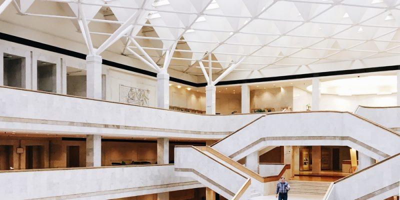 زیبایی معماری کتابخانه های سرتاسر جهان را از طریق این صفحه اینستاگرام تجربه کنید!