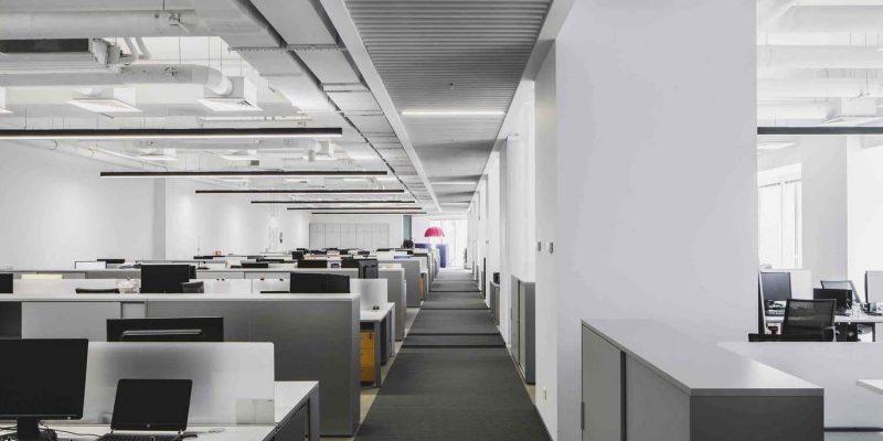 طراحی ساختمان اداره خدمات تجاری نارنج / اثر شرکت معماری T+T