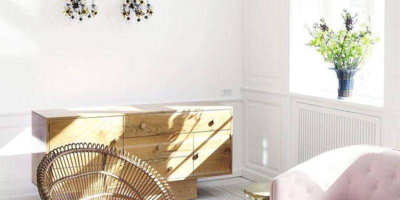 ۹ کفپوش چوبی طوسی که دکوراسیون خانه تان را فوق العاده می کند